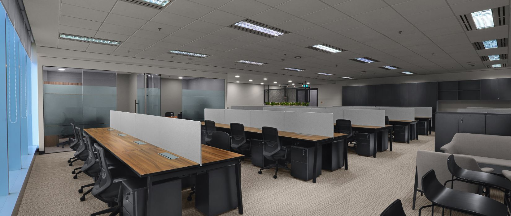 08. Office_Suite_1_Capacity