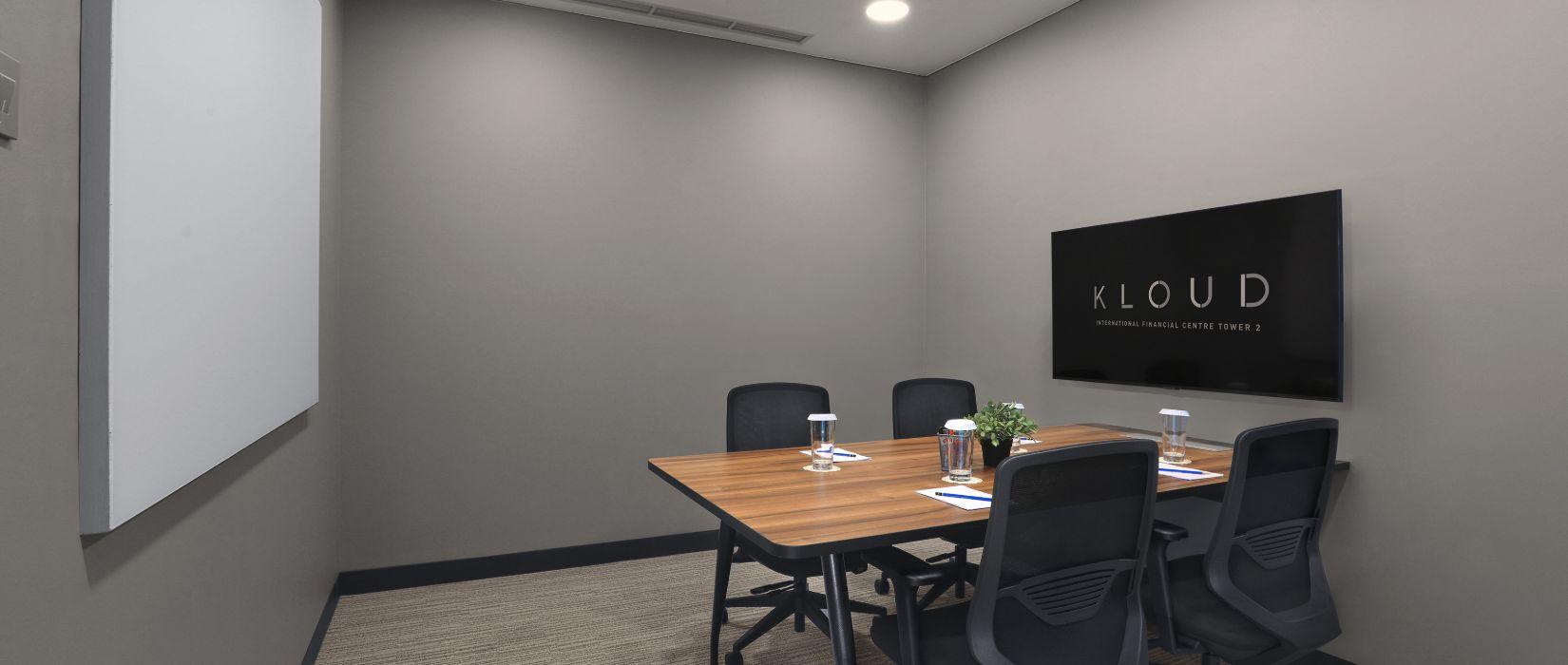 10. Office_Suite_Meeting_Room